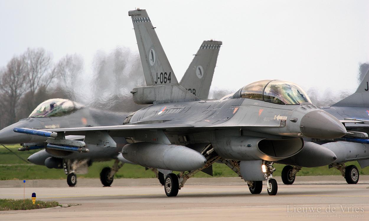 F-16BM_J-064
